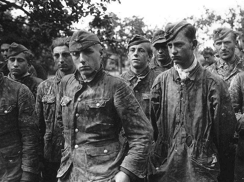Nazi Child Soldiers: Dead Devoted  – WW2 information, articles, and